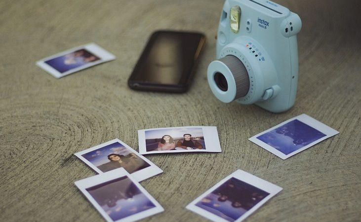 10 دوربین چاپ فوری عکس که میتواند گزینهی مناسبی برای کادوی تولد باشد