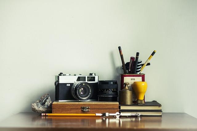 Photo of برای میز کار خود در خانه یا اداره به این ۱۴ قلم نیاز پیدا خواهید کرد