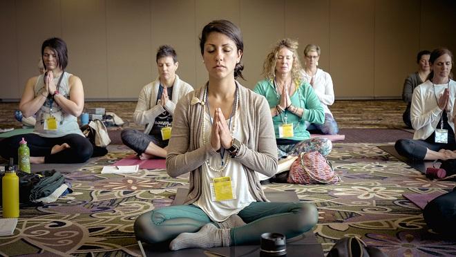 Photo of یوگا میتواند نشانههای افسردگی را در افراد کاهش دهد