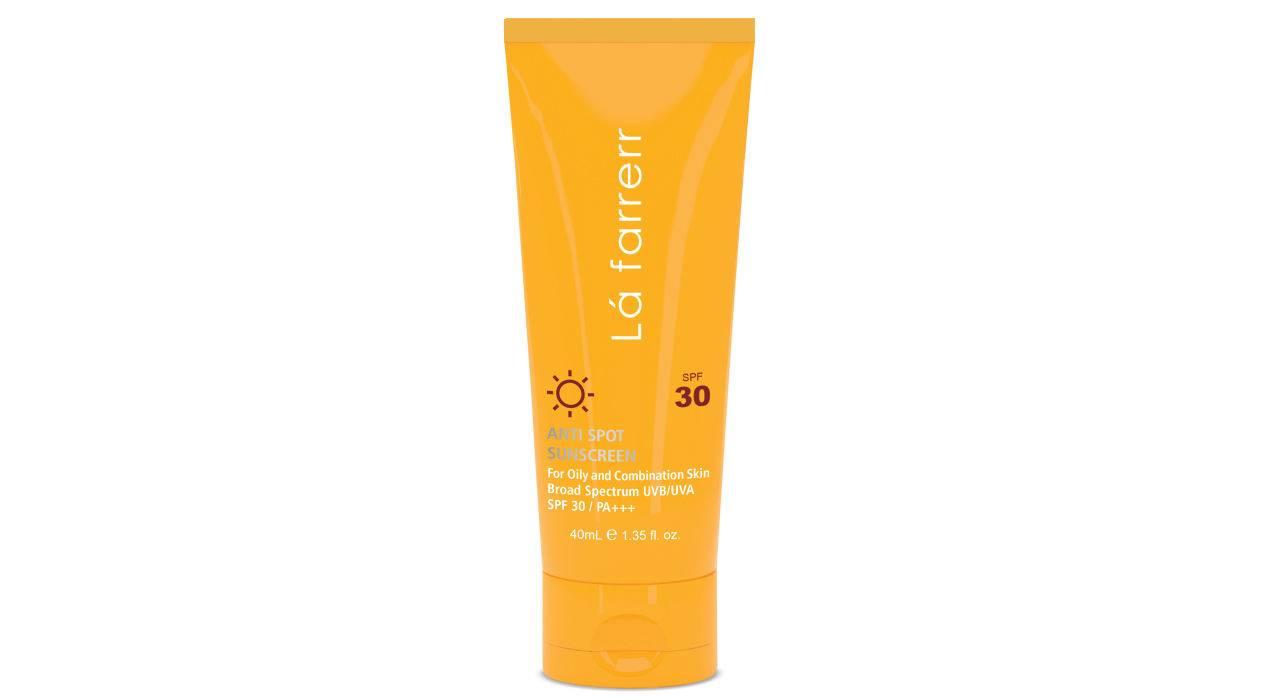 کرم ضد آفتاب و ضد لک لافارر مدل Oily and Acne-Prone SPF30