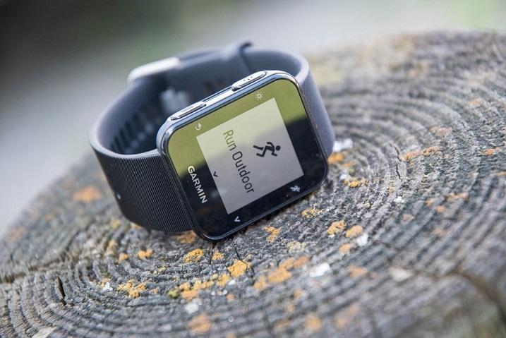 ساعت مچی هوشمند گارمین مدل forerunner 35 black