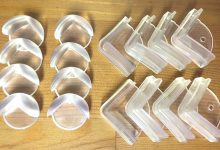Photo of ۶ وسیلهی حفاظتی برای کنجهای تیز کابینت و میز برای نوزادان در خانه