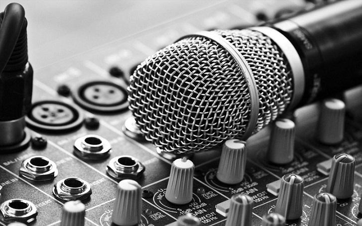 Photo of ۵ میکروفون باکیفیت با قابلیت نویز کنسلینگ در بازار