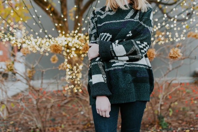 Photo of ۷ مدل لباس راحتی زنانه برای زمستان امسال