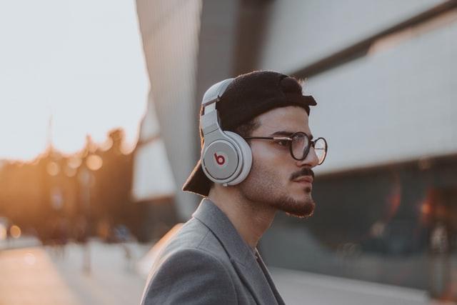 بهترین هدفون برای گوش دادن به موسیقی کدام است