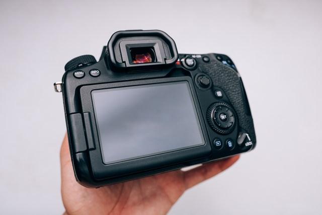 چگونه دوربین دیجیتال خود را در خانه تمیز کنیم؟