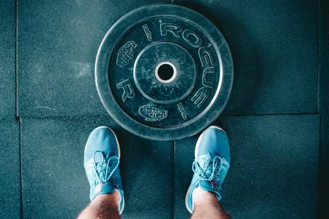 ۷ اپلیکیشن ورزشی برای حفظ تناسب اندام خود در محل کار